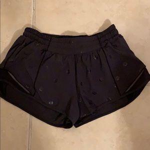 """Lululemon hottie hot logo shorts 2.5"""""""